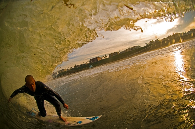 Ian Battrick Riding the Lunasurf one piece tail pad in Los Angeles