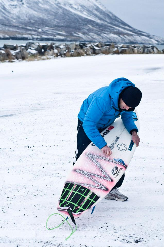 Ian Battrick riding the Lunsurf 3 piece diamond grooved Lunsurf tail pad on a trip to iceland